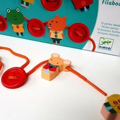 Ajándék ötletek - Az első önálló elfoglaltság - Fűzős játékok